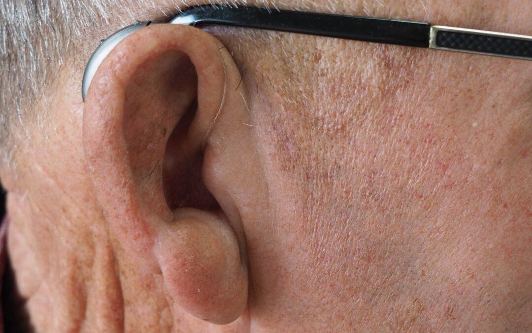 Conoce los diferentes tipos de audífonos